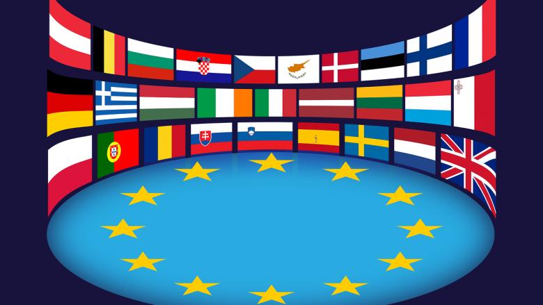 Bild zum Artikel: politische Organisationen: Europaflaggen